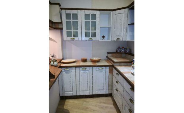 Cucina Rustica Bianca Idea D Immagine Di Decorazione